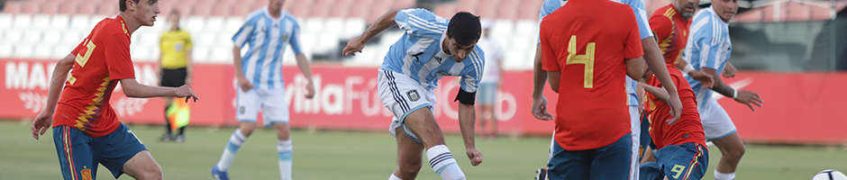 Argentina open big on first day of World Cup in Seville